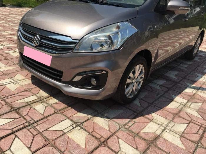 Cần bán xe Suzuki Ertiga 2016 số tự động màu xám titan, nhập Indodesia