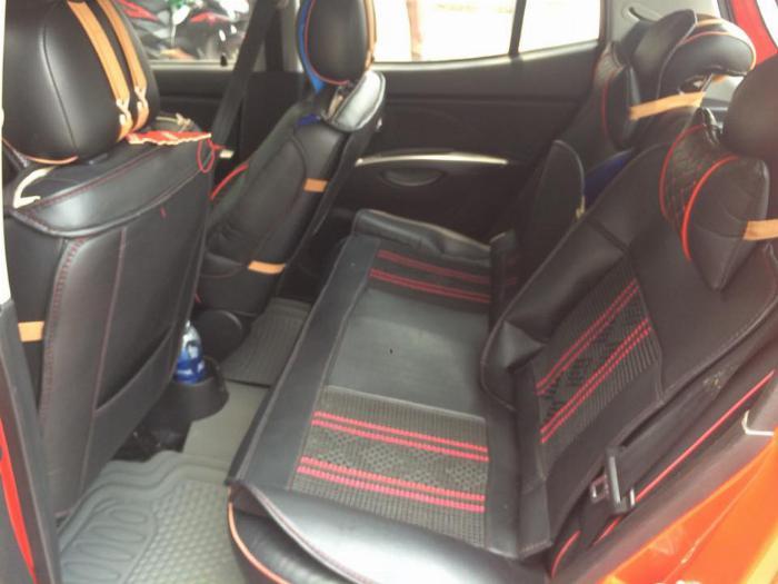 Cần bán xe Kia Morning 2011 số tự động màu đỏ, chính chủ 4