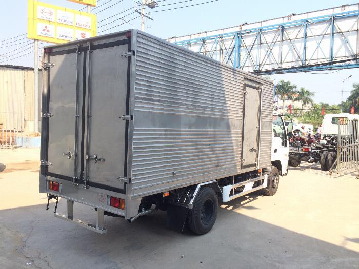 xe tải ISUZU tải 1.9 tấn 2.5 tấn 2.8 tấn thùng kín dài 4.3m - Trả Góp 3