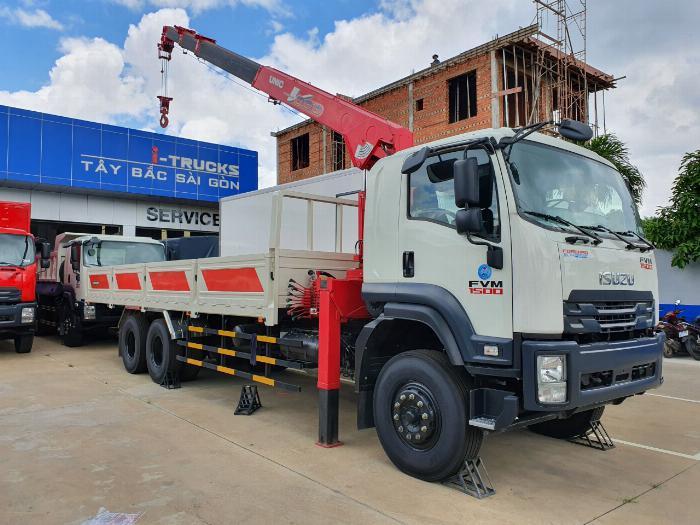 Xe tải isuzu 15 tấn gắn cẩu unic 8 tấn 4 khúc