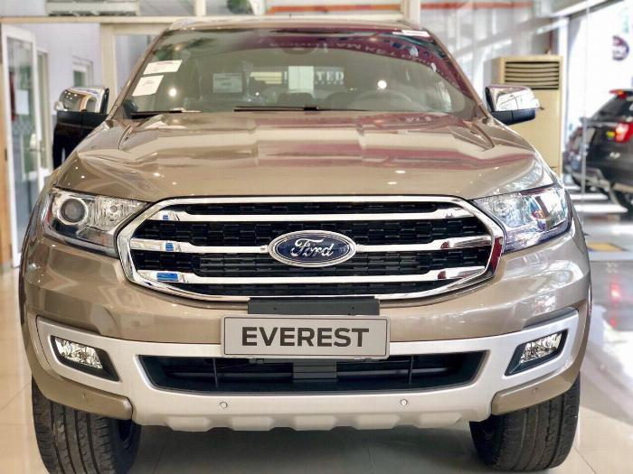Ford Everest 2019 giá tốt nhất thị trường 3