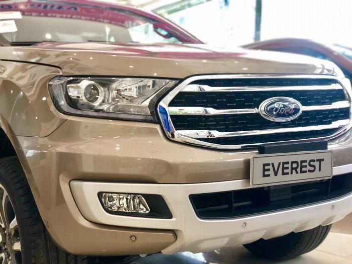 Ford Everest 2019 giá tốt nhất thị trường 4