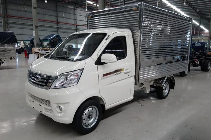 giá xe teraco 100 thùng kín/ tera 990kg bán trả góp