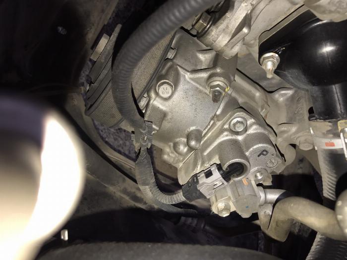 Toyota Corolla altis 1.8G năm sản xuất 2011, màu đen. Xe Cực Tuyển 21