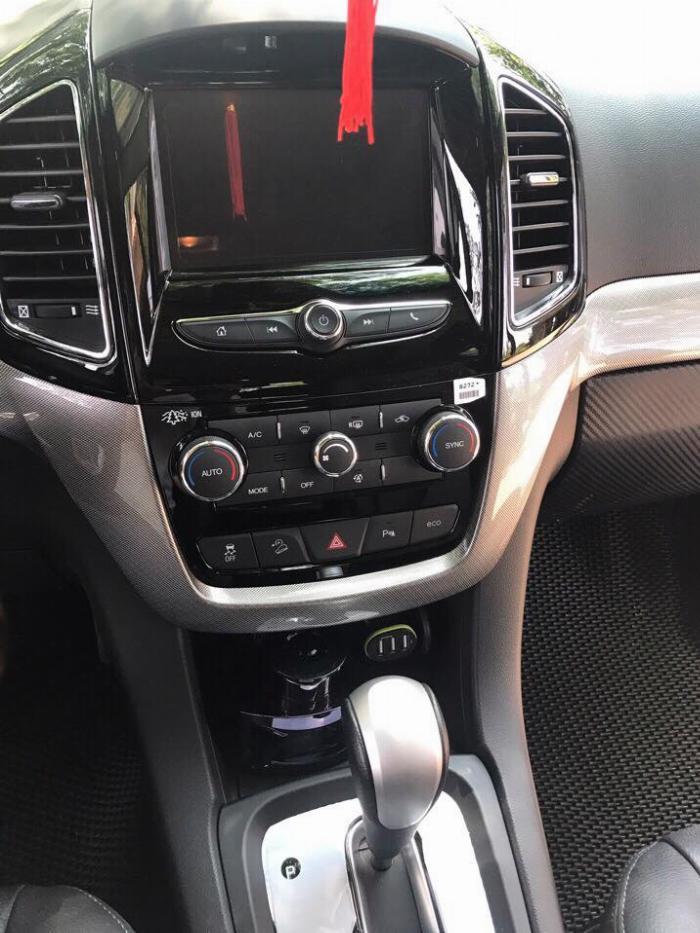 Gia đình cần bán xe Captiva LTZ 2016 đk 2017. số tự động, màu xám 3