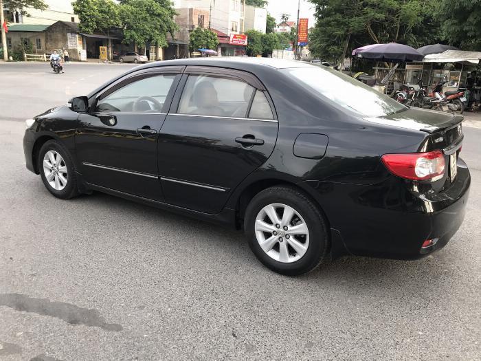 Toyota Corolla altis 1.8G năm sản xuất 2011, màu đen. Xe Cực Tuyển 3