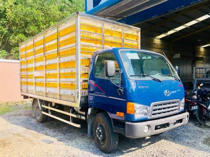 Xe tải chở Gia Cầm MIGHTY 2017 tải 6.8 tấn chứa được 189 lồng - Trả Góp 0