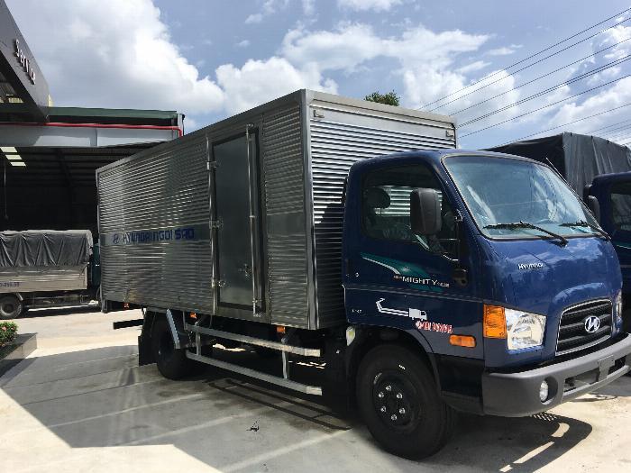 Xe tải Hyundai 7 tấn 110S,trả 160tr giao xe 3