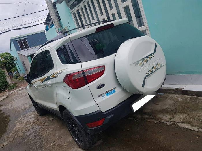 Cần bán xe Ford Ecosport 2017 Titanium số tự động màu trắng,