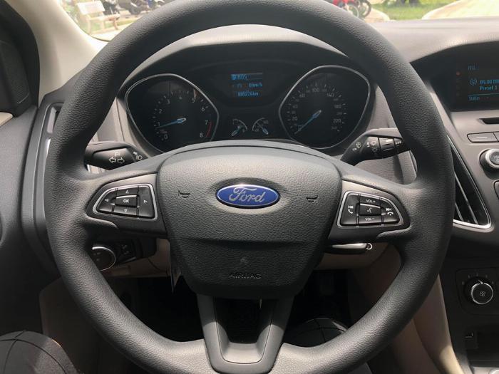 Bán Ford Focus 2019, mới đi 5000km, siêu siêu  lướt đi 5000km 6