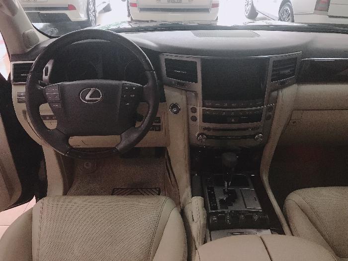 Bán Lexus LX570 2015 màu đen,nội thất kem,full Kịch đồ , nhập Mỹ.