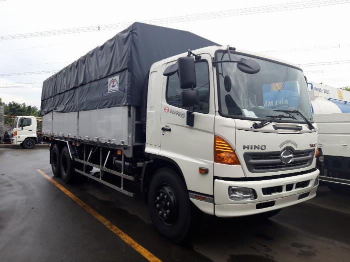 Xe tải HINO FL 3 chân 2017 (GA CƠ) thùng mui bạt bửng nhôm tải 15 tấn - Trả Góp 1