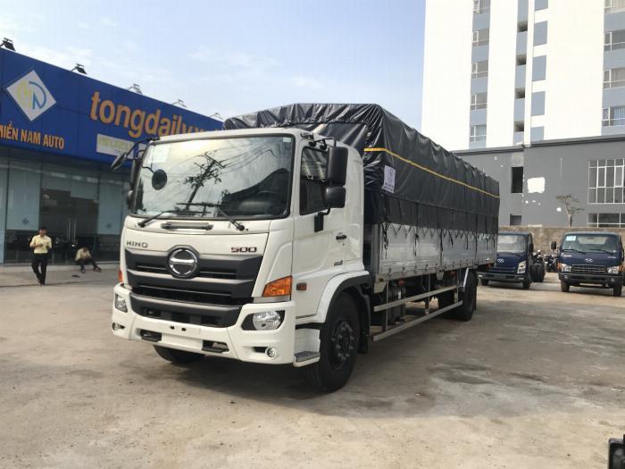 Xe tải HINO 2019 FG tải 8 tấn thùng mui bạt bửng nhôm dài 8.9m - Trả Góp