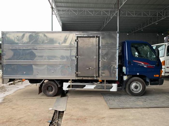 Xe tải HYUNDAI N250SL tải 2.5 tấn thùng kín dài 4.3m - Trả Góp 4