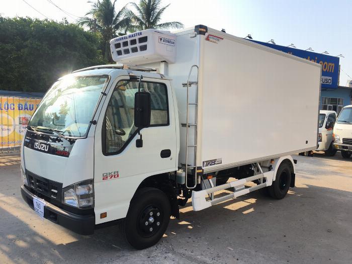 Xe tải thùng Đông Lạnh ISUZU QKH 270 tải 1.9 tấn - Trả Góp
