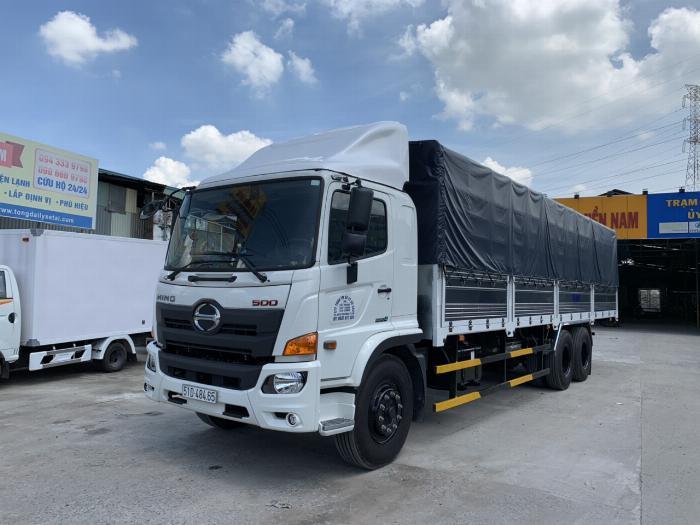 Xe tải HINO 2019 FL 3 chân tải 15 tấn thùng mui bạt dài 9.4m - Trả Góp