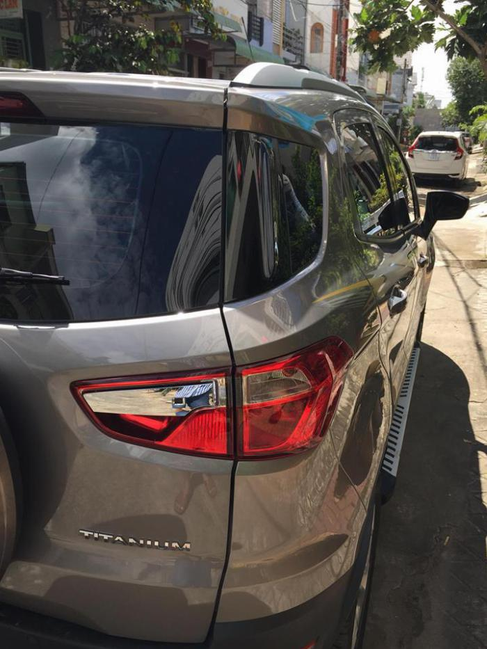 Cần bán xe Ford EcoSport Titanium 2018 số tự động màu xám