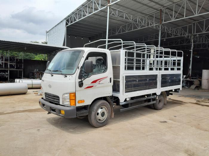 Xe tải HYUNDAI N250SL thùng bạt dài 4.3m tải 2.5 tấn - Trả Góp