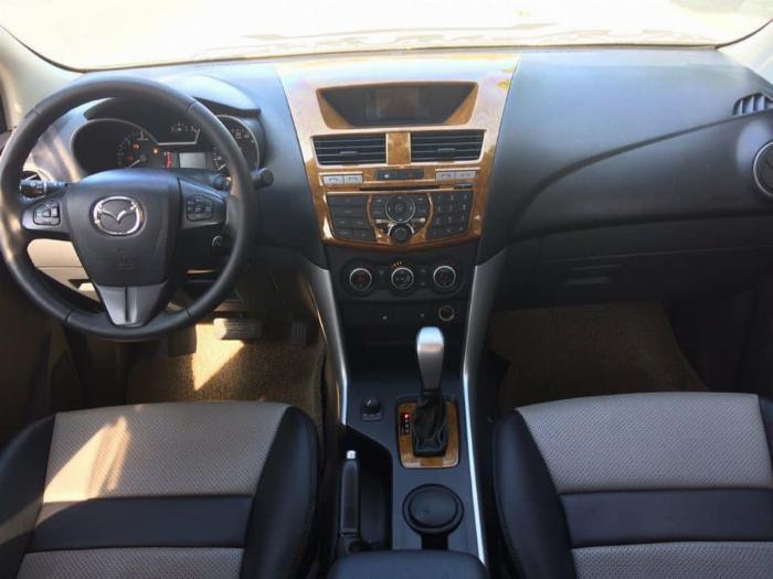 Bán Mazda BT50 hai cầu 3.2 tự động full 2014 màu Trắng chính chủ