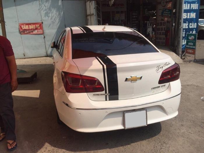 Cần bán xe Chevrolet Cruze Ltz 2015 số tự động màu trắng