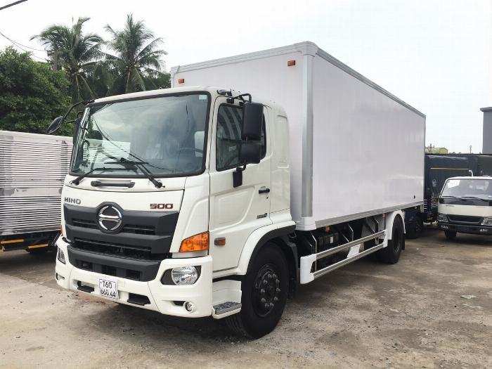 Xe tải HINO FG 2019 tải 8 tấn thùng kín compisite dài 8.6m - Trả Góp