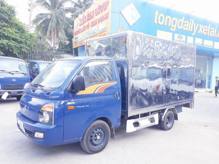 Xe tải thùng kín HYUNDAI H150 2019 tải 1.5 tấn - Trả Góp