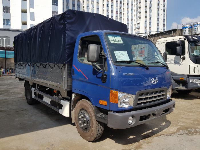 Xe tải HYUNDAI MIGHTY 2017(Ga cơ) tải 8 tấn thùng mui bạt dài 5m-Trả Góp