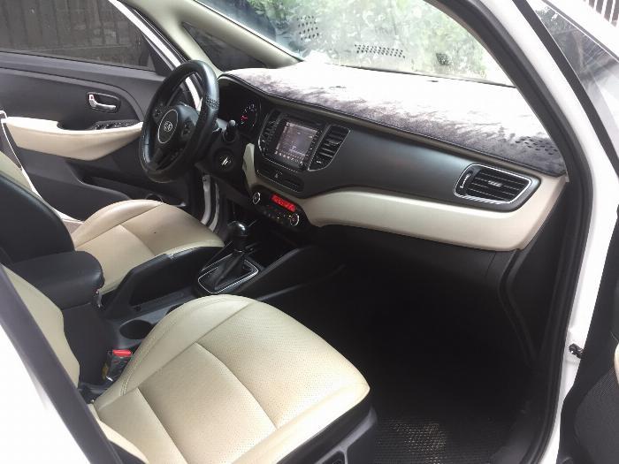 Cần bán xe Kia Rondo 2016 số tự động máy xăng, xe màu trắng còn rất mới 6