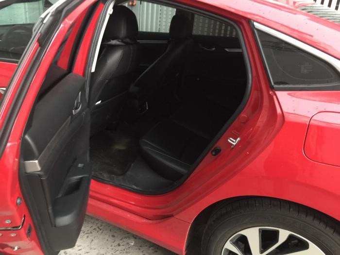 Bán Honda Civic 2018 tự động bảng 1.8 màu đỏ xe gia đình đi kỹ. 5