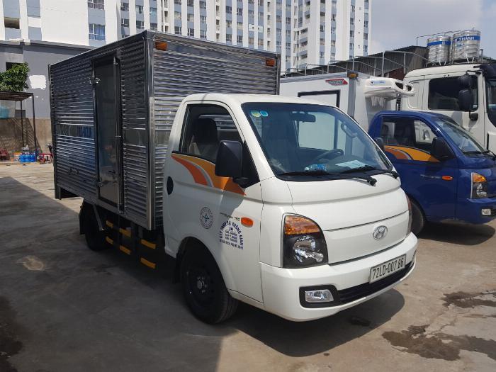 Xe tải HYUNDAI H150 2019 thùng kín tải 1.5 tấn - Trả Góp 1