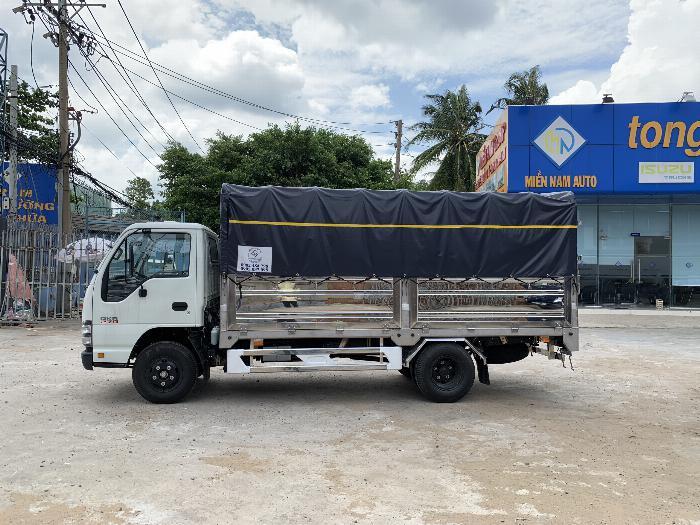 Xe tải ISUZU tải 1.9 tấn - 2.5 tấn - 2.8 tấn thùng bạt dài 4.3m - Trả Góp 3