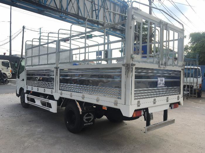 Xe tải HINO XZU720L tải 3.5 tấn thùng mui bạt dài 5.2m - Trả Góp 3
