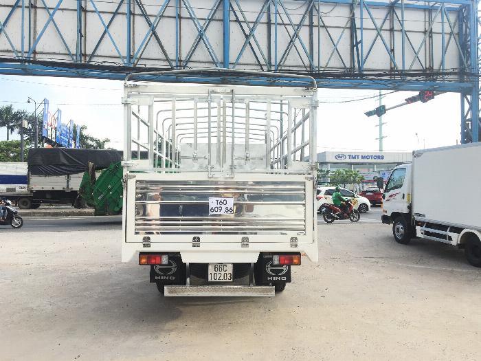 Xe tải HINO XZU720L tải 3.5 tấn thùng mui bạt dài 5.2m - Trả Góp 4