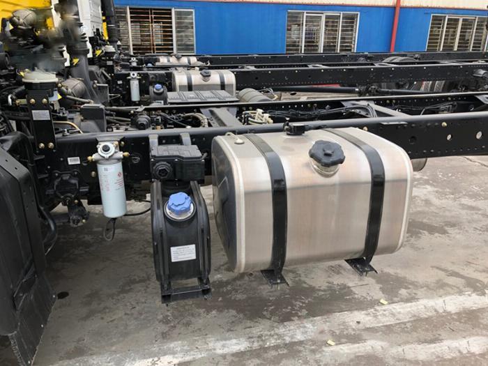xe tải dongfeng b180 7 tấn thùng 9m5-nhập 2019 6