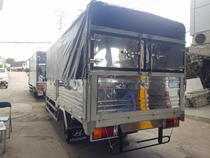 Báo Giá Xe Tải N250SL 2.5 Tấn , Hyundai N250SL Giao Xe Ngay 2
