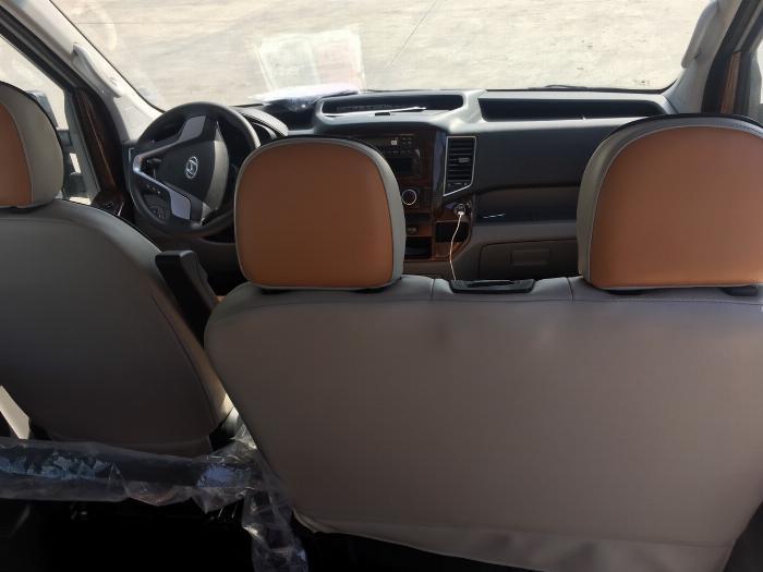 Dịch vụ độ xe Universe thành xe hạng sang ghế VIP Limousine 3