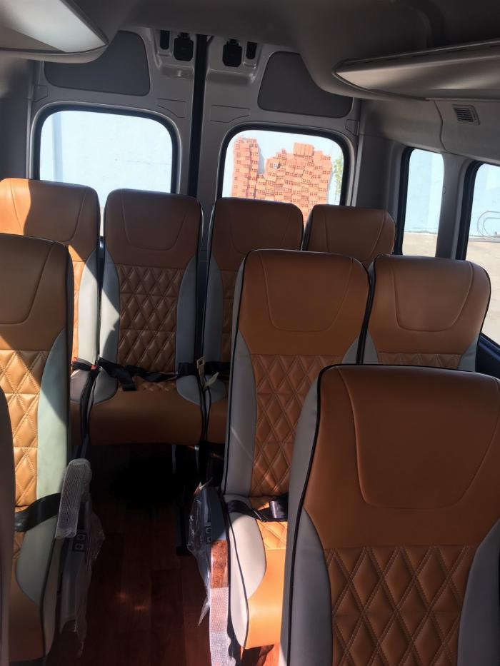 Dịch vụ độ xe Universe thành xe hạng sang ghế VIP Limousine 5