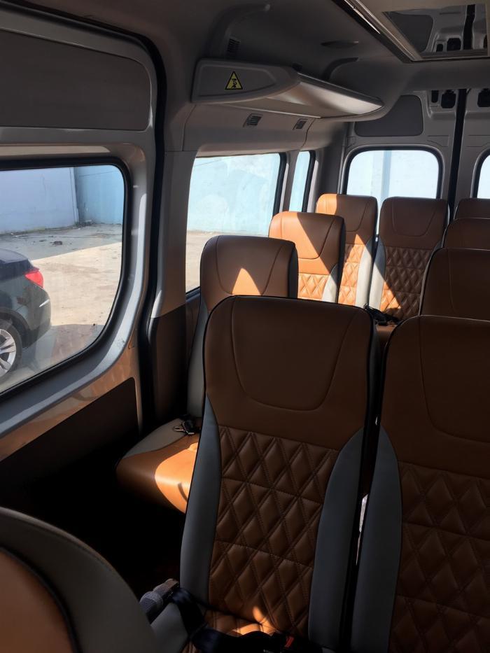 Dịch vụ độ xe Universe thành xe hạng sang ghế VIP Limousine 11