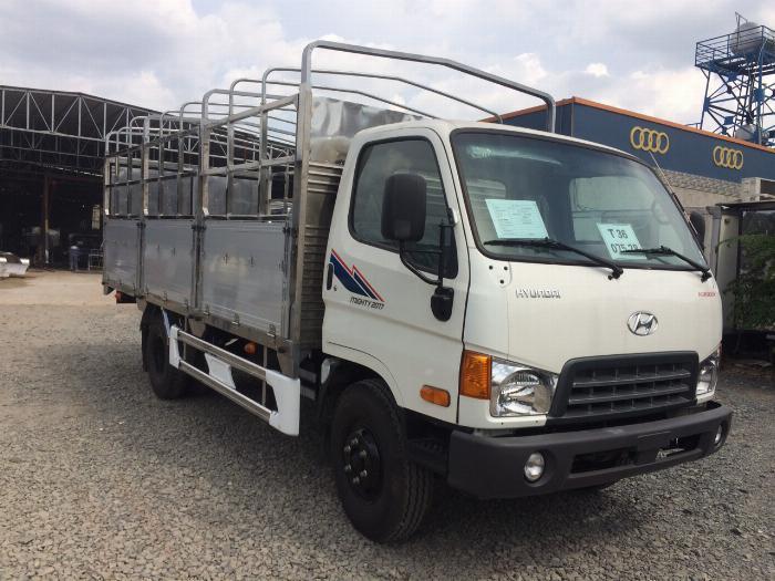 Xe tải HYUNDAI MIGHTY 2017(Ga cơ) tải 8 tấn thùng mui bạt dài 5m-Trả Góp 0