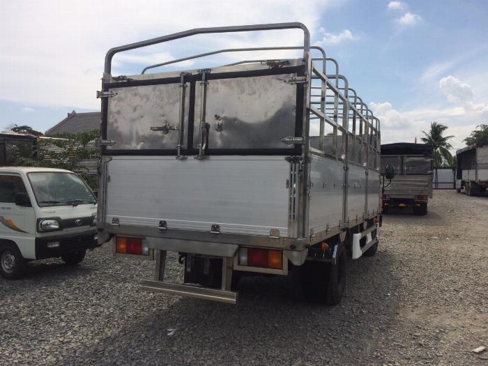 Xe tải HYUNDAI MIGHTY 2017(Ga cơ) tải 8 tấn thùng mui bạt dài 5m-Trả Góp 2