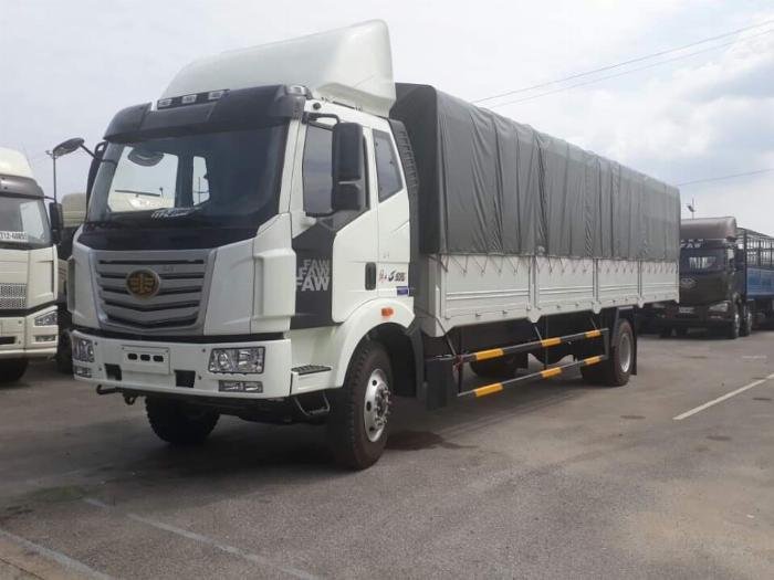 xe tải faw 7.8 tấn thùng dài 9m7-trả trước 300tr có xe 0