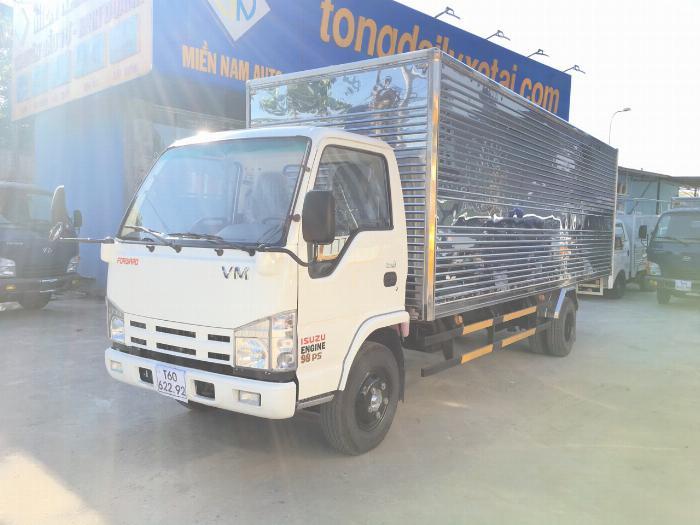 Xe tải ISUZU VM tải 1.9 tấn thùng kín dài 6.2m - Trả Góp 0