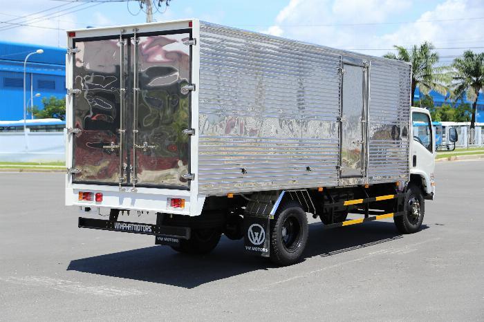 Xe tải ISUZU VM FN129L4 EURO 4 tải 8.2 tấn thùng kín dài 7m- Trả Góp 3