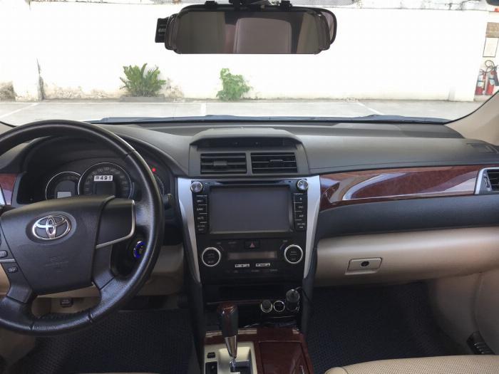 Bán Camry 2.0E đời 2014, xe lên đời khóa thông minh star/stop, mặt nạ Lexus. Hỗ trợ ngân hàng lên đến 70% 4