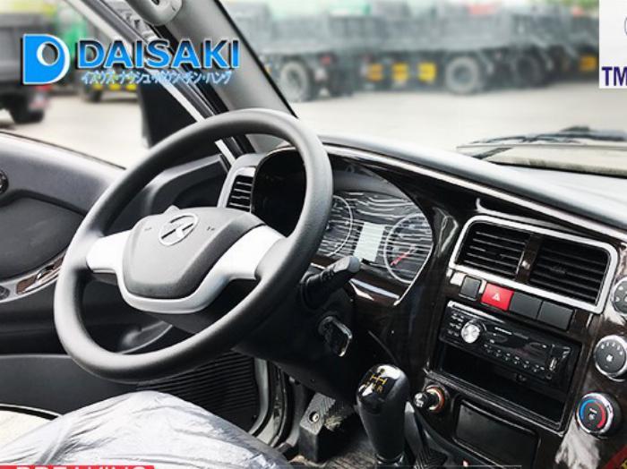 xe tải daisaki 2t5 thùng phủ bạc 2