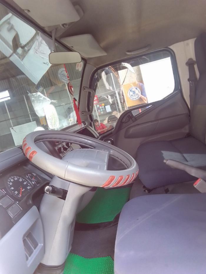 bán xe tải mitshubishi 3t5 đời 2012 thùng kín compusit 4