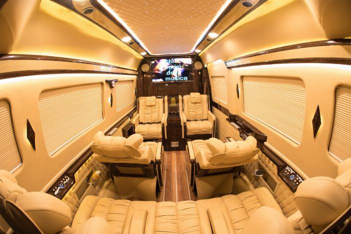 Giá Xe Solati Limousine 10 Ghế , Solati Limousine 10 Ghế Vip