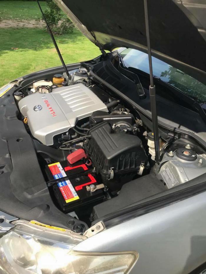 Nhà kẹt tiền bán Toyota Camry 3.5q 2010 số tự động bản full, 3