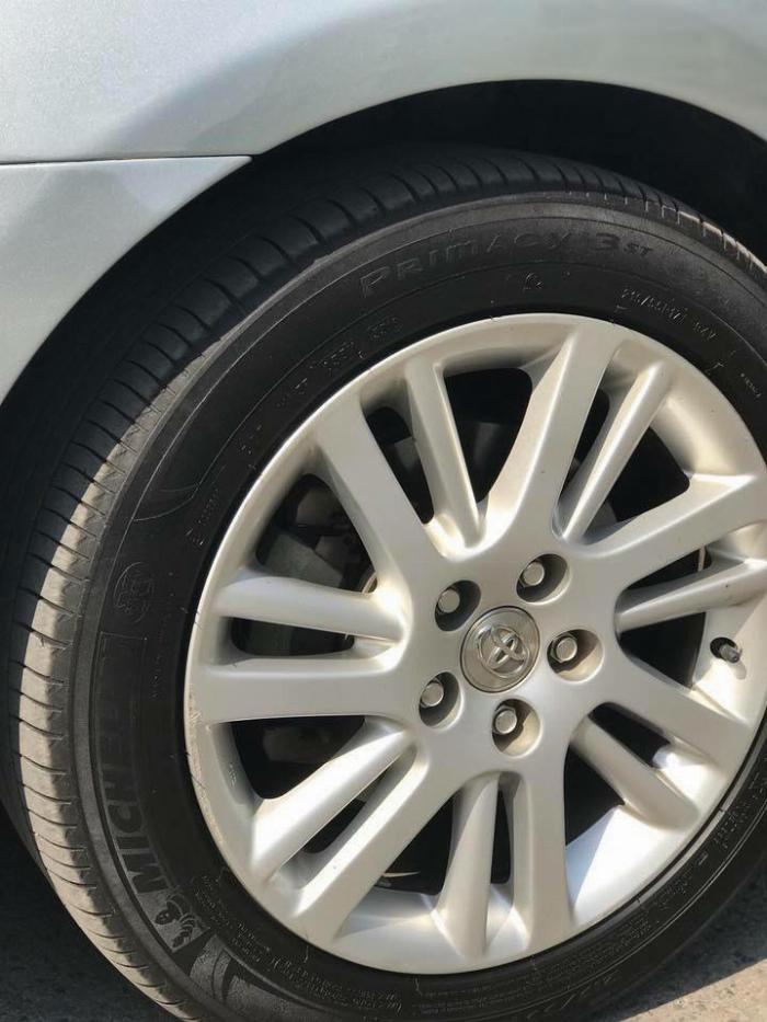 Nhà kẹt tiền bán Toyota Camry 3.5q 2010 số tự động bản full, 7