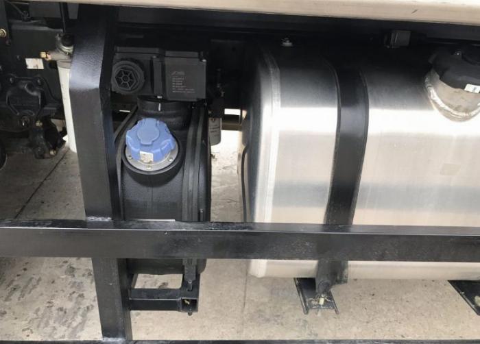Giá xe tải DongFeng B180  9t3 thùng 7M6 Thiện Lộc ô tô Phú Mẫn 7